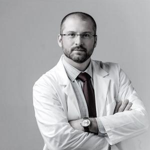 Dr. Kővári Viktor Zsolt