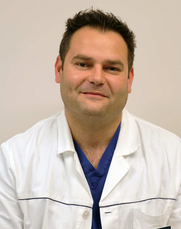 Dr. Danis Dávid