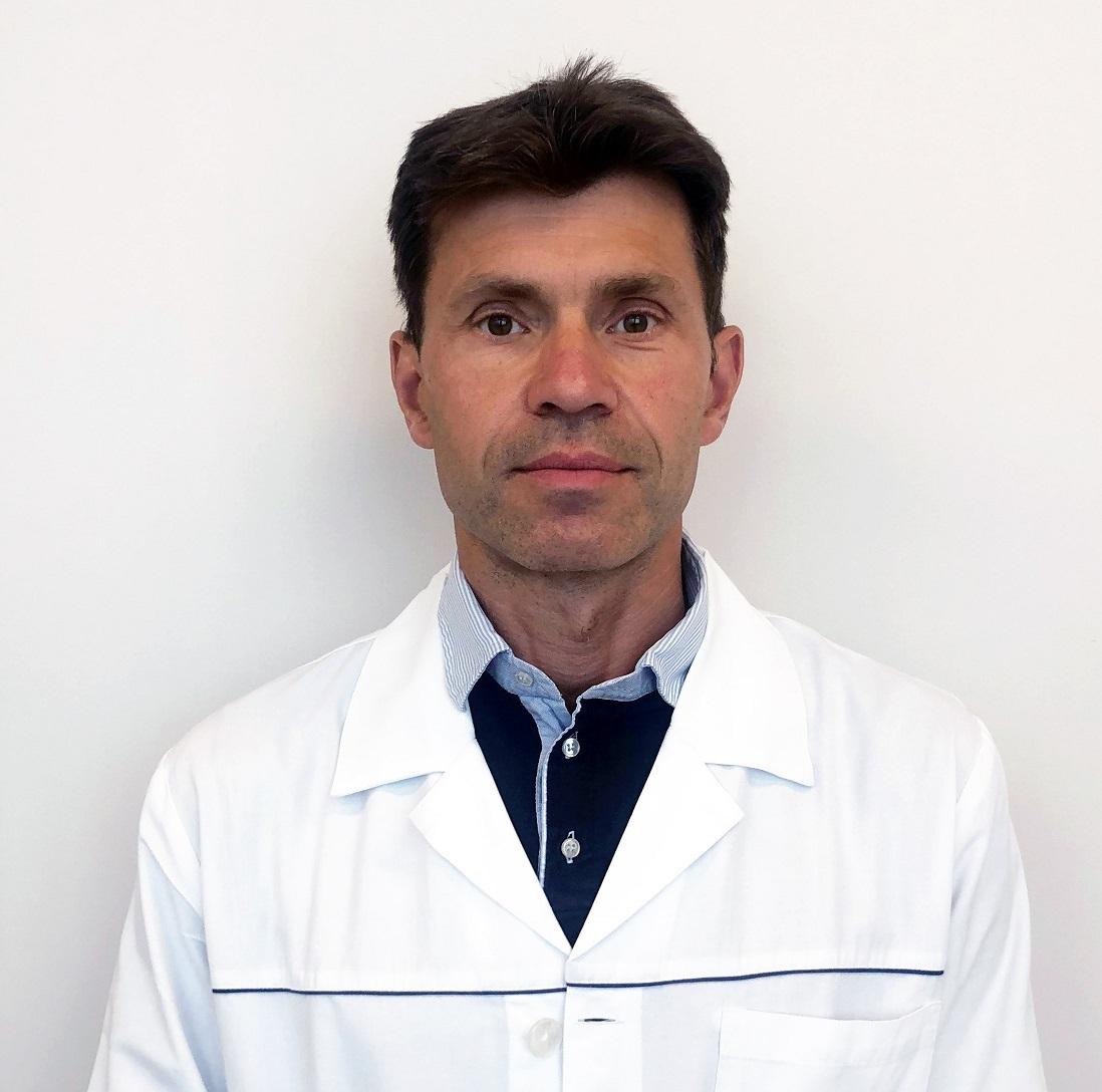 Dr. Gergely Szabolcs